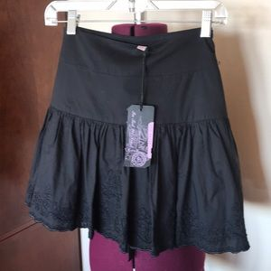 Ted Baker Black Embroidered Skirt NWT 2